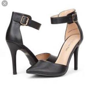 Ivanka Trump Fabian Ankle strap black Stilettos